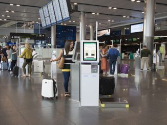 Aer Lingus self-service bag drop at Dublin
