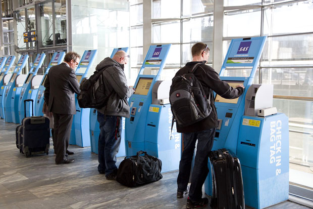 SAS introduces hand baggage only fares