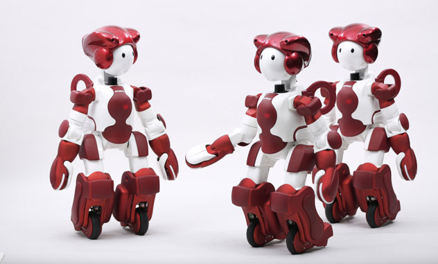 Tokyo Haneda is testing robots to help passengers
