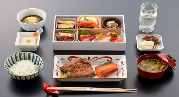 JAL business passengers can book meals in advance