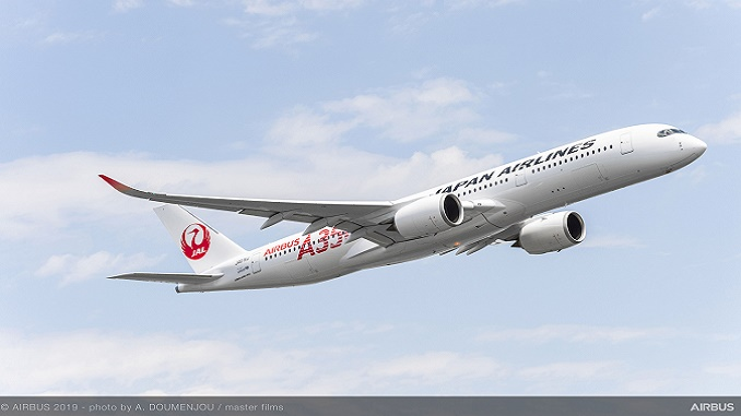 JAL first A350 XWB