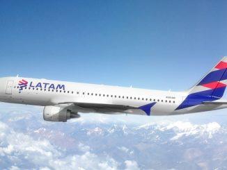LATAM Airbus A320-200