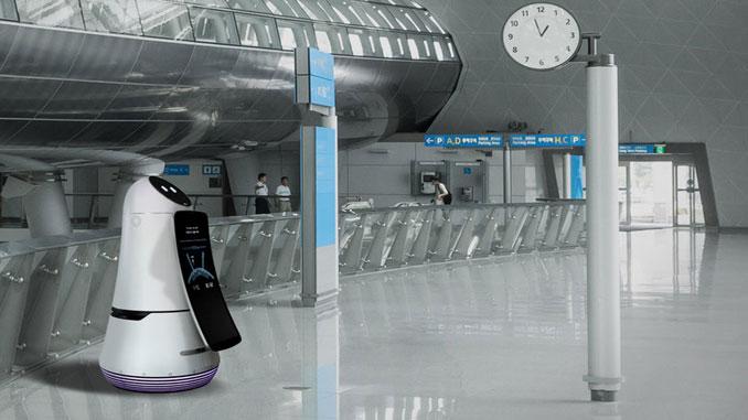 LG unveils its passenger service robot