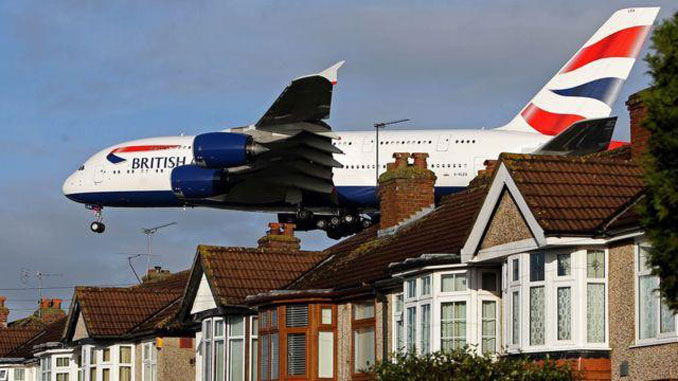 Greenpeace joins councils to prepare Heathrow legal challenge