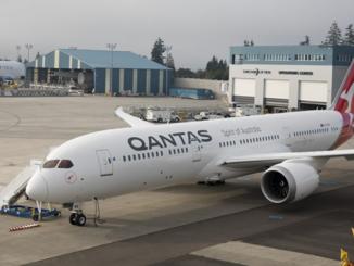 Qantas 1st Dreamliner