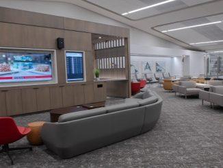 Air Canada Maple Leaf lounge - LaGuardia