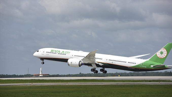 EVA Air Boeing 787-10 Dreamliner