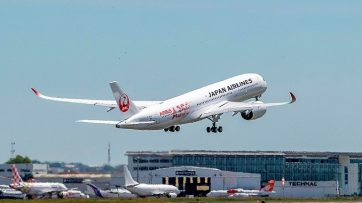 First JAL A350 XWB