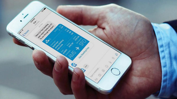 KLM to send flight information on Twitter and WeChat