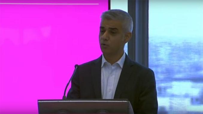 London Mayor backs legal challenge against Heathrow