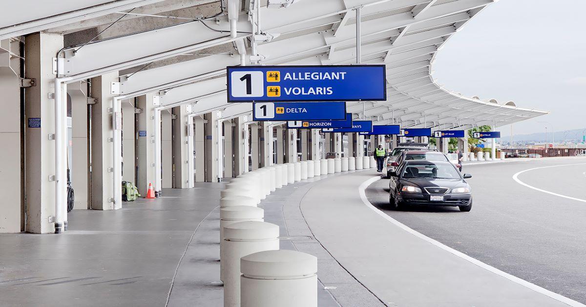 Oakland International Terminal 1 curbside