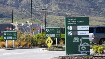 Queenstown wayfinding signs