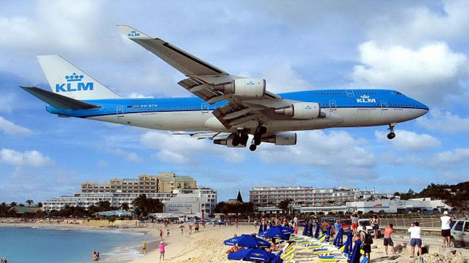 Sint-Maarten-arrivals