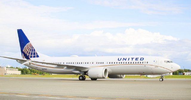 United Airlines Boeing 7373 MAX