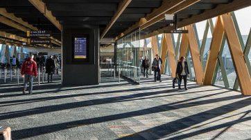 Wellington Airport passengers walking